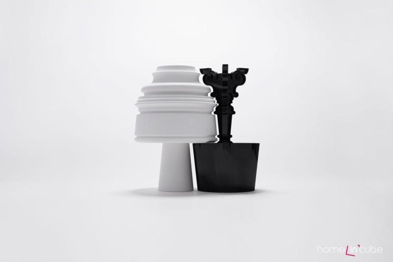 Stolní lampa Goes Bourgi, design Nendo pro Kartell