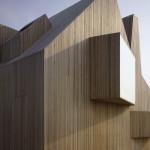 Na vzhledu domu se výrazně uplatňuje jednotný povrch všech stěn a střechy.