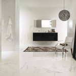 Slinutá rektifikovaná dlažba Ultra Marmi, odstín Paonazzetto (Ariostea). Rozměr obkladu 150 x 75 cm, rozměr dlažby 75 x 75 cm, prodává MB keramika