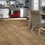 Vzhled dřeva na podlaze vychází z tradice. Flotex Vision řada Natural, Forbo.