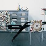 Dekorované plochy na nábytku mohou interiér ozvláštnit.
