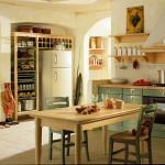 Police můžete nahradit otevřenými regály, které prakticky vyplní niky. Kuchyně Tola, Italský nábytek.