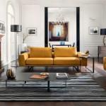 Elegantní jednoduchý styl pohovek Natuzzi dobře ladí s historizujícím řešením ostatního interiéru.