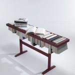 Dubová avantgardní knihovna Booken má dvacet zarážek, na které můžete ukládat rozečtené knihy. Rozměr 130 x 32 x 65 cm.