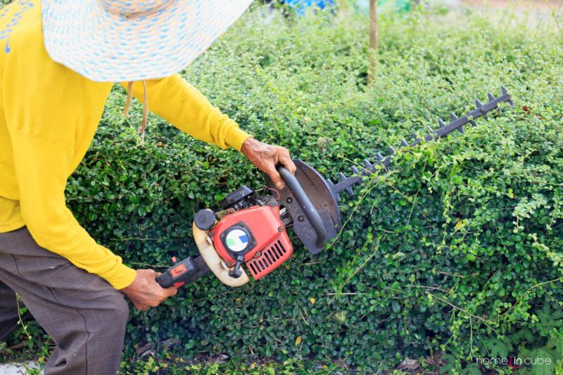 Mechanizmy nám při práci na zahradě ušetří mnoho energie.