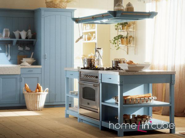 Kuchyně s otevřenými policemi