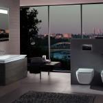 Koupelna má místo pro relaxaci u velkorysého okna bez parapetu. Koncept Legato firmy Villeroy & Boch. Prodává Kozák Bath & Interior.