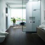 Do velkých koupelen si můžeme dopřát i dvě umyvadla vedle sebe. Koncept Fluid firmy Cielo.