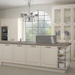 Užitím kombinace rustikálních plných a prosklených skříněk v bílé barvě i ve větších sestavách může vzniknout vzdušné prostředí.