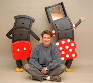 Judd Baumont a jeho komody Mickey a Minnie.