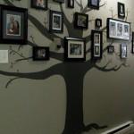Nápaditá dekorace. Strom s fotografiemi.