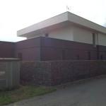 Při řešení stavby byla zohledněna stavba technické vybavenosti obce - trafostanice.