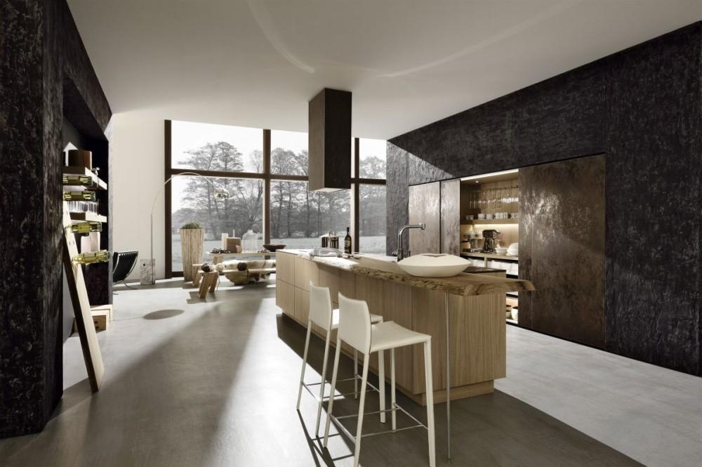 V této sestavě je možné část kuchyně zavřít za posuvné dveře. Ideální řešení do otevřené kuchyně.