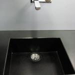 Dřez vyrobený ze žuly nero assoluto saten, Granit Holec.