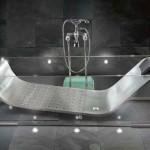 Skleněná vana je vysoce estetickým prvkem každé koupelny.