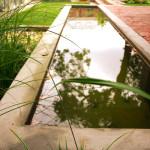 Biologicky zdravá a příjemně vonící voda může setrvávat v moderních, jednoduchých a geometrických tvarech.