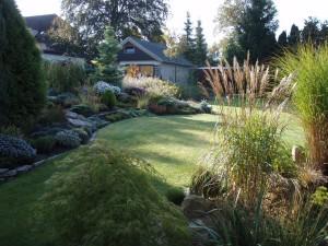 Vzhled zahrady přizpůsobte i architektuře domu.