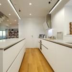 Bílá kuchyně patří k nadčasové klasice.