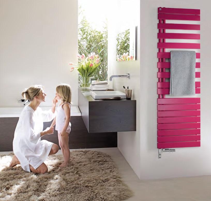 Asymetrický radiátor Zehnder Roda Spa Asym. Je k dostání ve třech výškách a to: 805 mm, 1 183 mm nebo 1 676 mm. Nabízen je v bílé nebo v téměř 50 barevných odstínech.