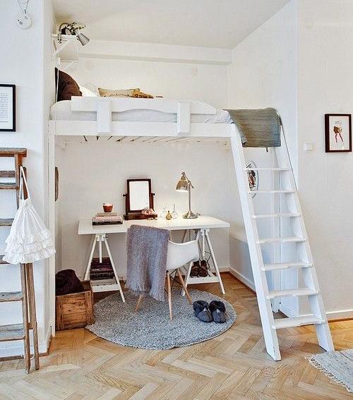 Tam, kde jsou vysoké stropy, můžeme zřídit vestavné patro.