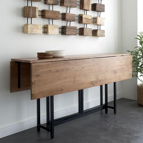 Šíře sklápěcí stolku je limitována prostorem, kde bude sloužit.