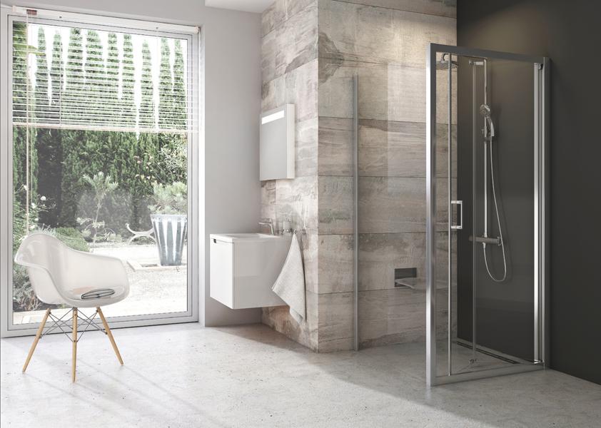Sprchové dveře BLIX BLDZ2 a BLPSZ. Cena zlamovacích sprchových dveří Blix BLDP2 od 8990 Kč podle rozměru (70/80/90 cm), Ravak.