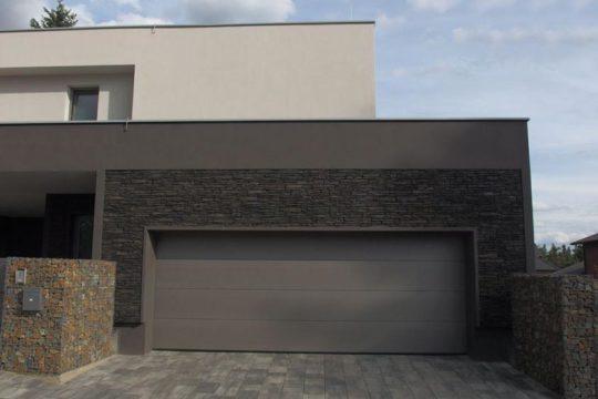 garáž součástí rodinného domu_ok