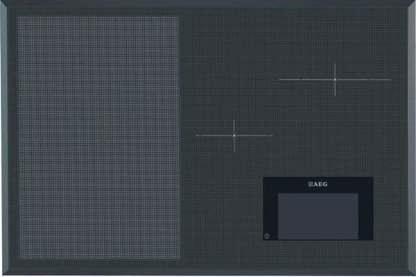 Indukční nezávislá varná deska AEG HKH81700FB s vlastním ovládáním a velkou varnou plochou FreeZone s automatickou detekcí nádob. Cena 49 990 Kč.
