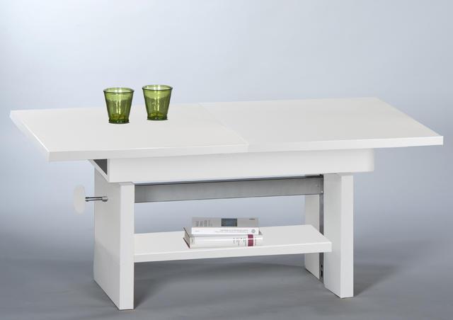 Rozkládací a výškově nastavitelný stolek Event, šíře 110-150 cm, výška 46-64 cm, hloubka 65 cm, cena 3 999 Kč.