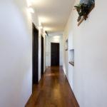 Celý dům je navržen jednoduše a s ohledem na životní rytmus rodiny.