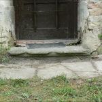 Detail zápraží bočních dveří před rekonstrukcí