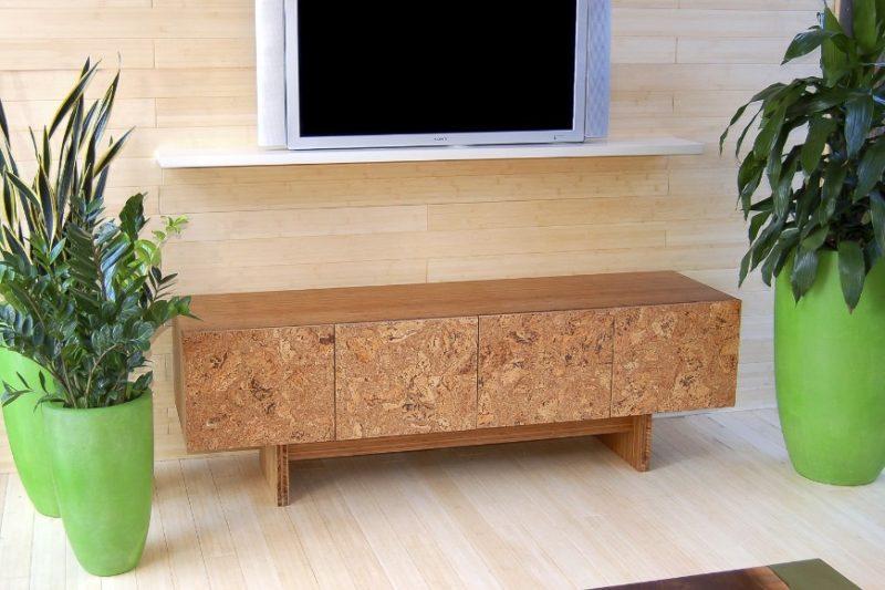 Korek je možné použít i na nábytková dvířka.