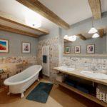 13. místo, návrh Tomáš Rys, Aquastyl, Kladno. Koupelna s radiátorem Zehnder Charleston, bílá RAL 9016