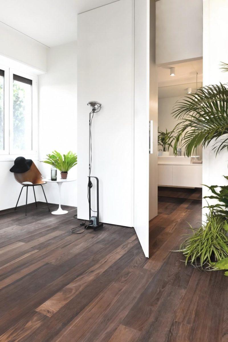 Byt je bezbariérový a na podlaze je použit jeden typ krytiny.