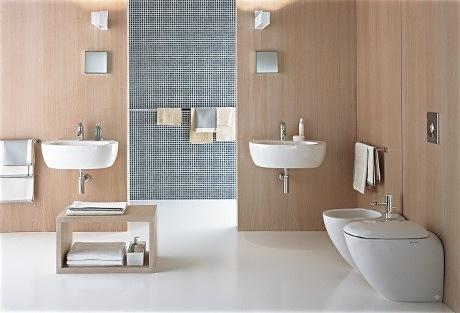 Toaleta a bidet vždy patří vedle sebe. Kolekce Ego (Kolo) od Antonio Citterio