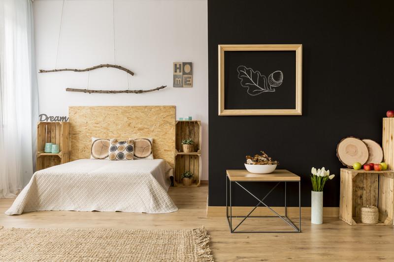 Dřevo navozuje v interiéru pocit blízkosti přírody