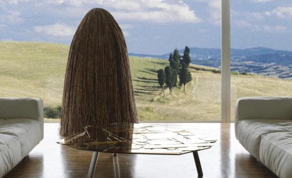 Tajuplný sekretář se hodí do venkovsky zařízených interiérů, nebo do moderních interiérů na venkově.