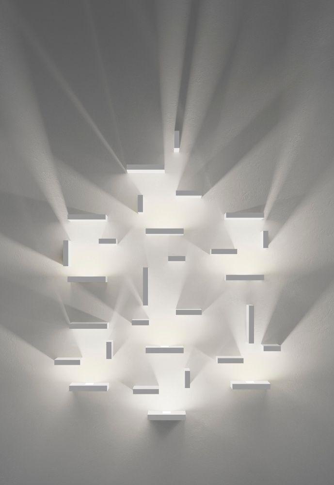 Set, hliník, polykarbonát a sklo, design J.Ll.Xuclà, Vibia