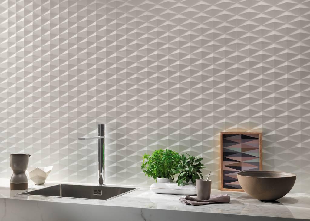 3D obklady jsou vhodné i mezi horní a spodní kuchyňské skříňky. Kolekce 3D Wall design