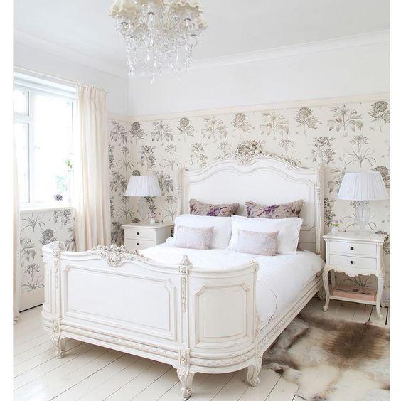 Ložnice v provensálském stylu